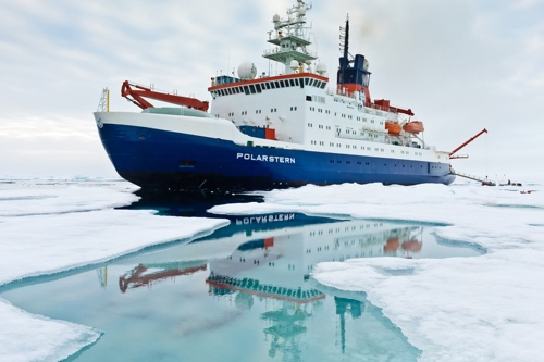 Research_Icebreaker_Polarstern.jpg